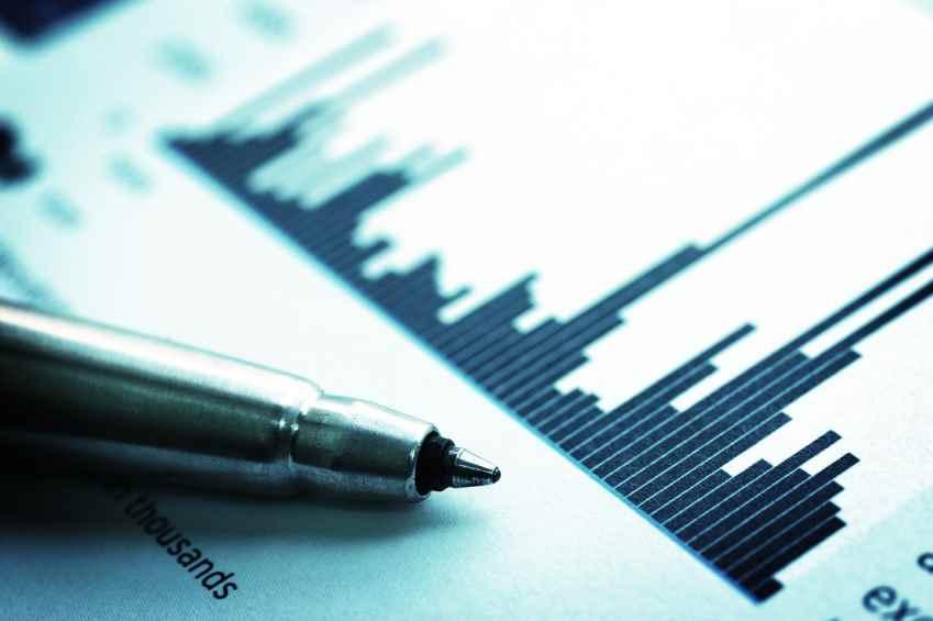 investor-pen-shares